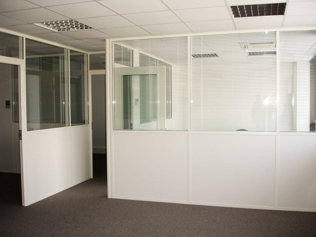 Cloisons-semi-vitree-allege-blanc-espace-cloisons-alu (3)