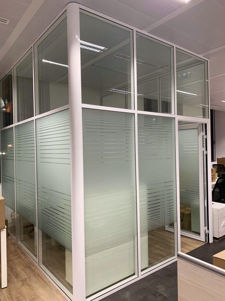 installateur en cloison de bureau modulaire Ile de france